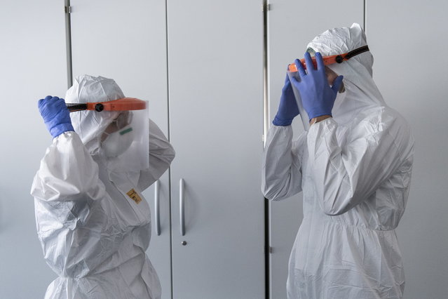 Coronavirus, 1.397 nuovi casi e 10 morti: +11 in terapia intensiva |  Vaccini, tester Sanofi-Gsk per la fase 1/2